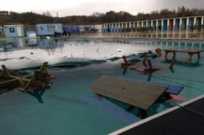 Gloucestershire News: Vandals wreak havoc at outdoor swimming pool in Lydney